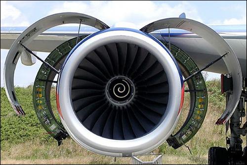 海上飞机发动机叶片的腐蚀失效与防护层